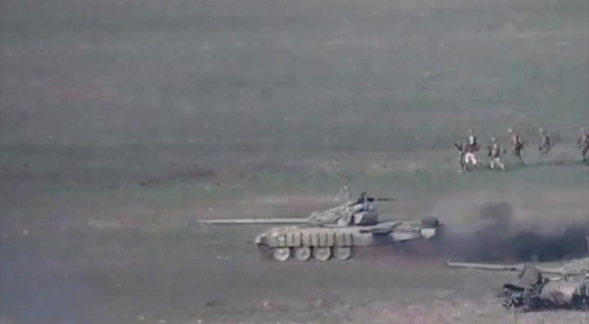 В Азербайджане объявили частичную мобилизацию из-за ситуации в Нагорном Карабахе \ фото REUTERS