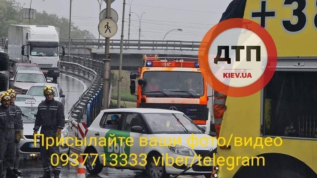 Аварія сталася вранці / dtp.kiev.ua