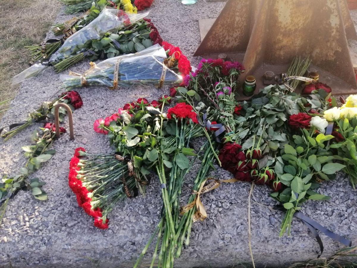 В авиакатастрофе под харьковом погибли 26 человек / фото Влад Абрамов, УНИАН