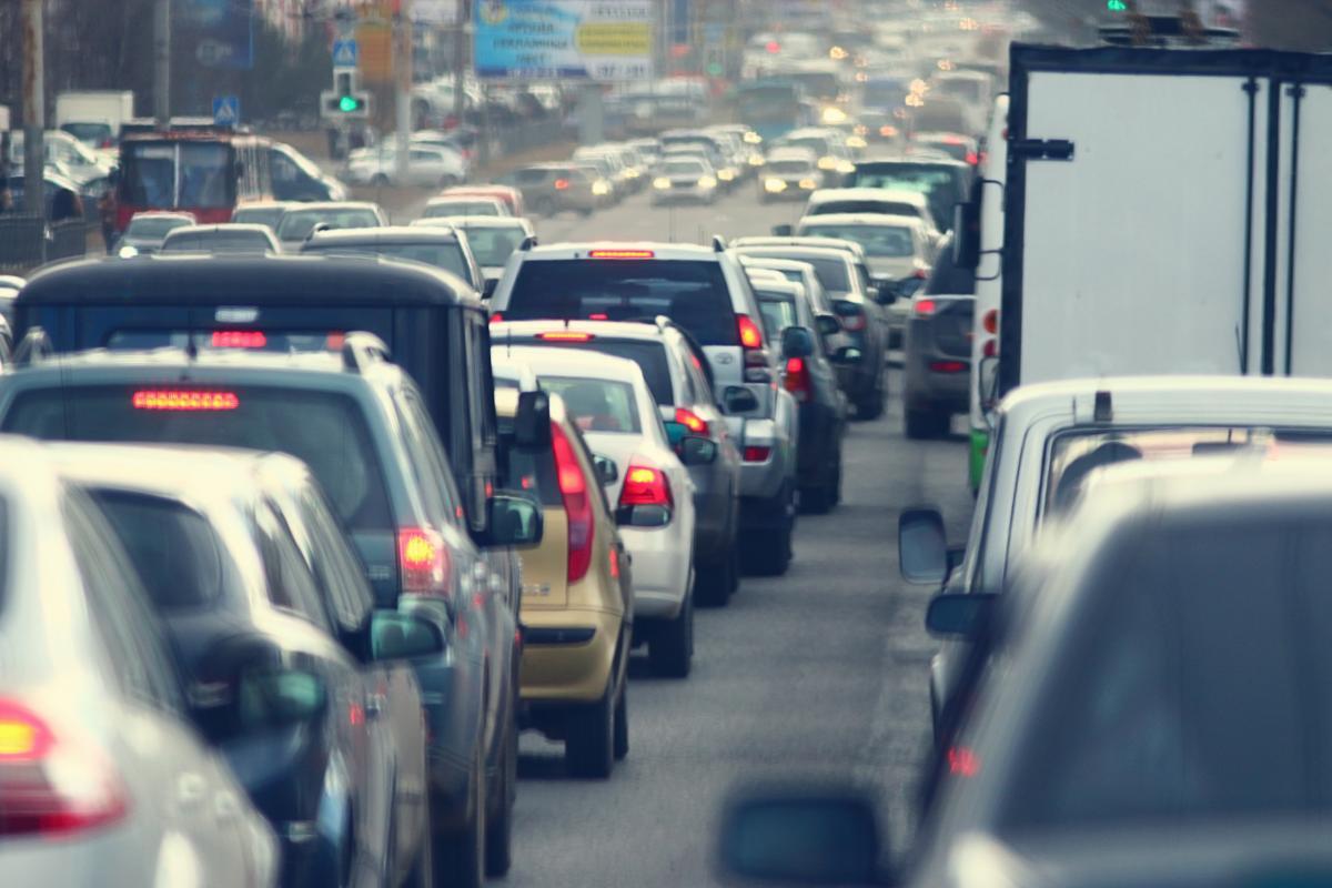 Киев застыл в пробках / фотоua.depositphotos.com