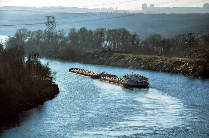 Річкова інфраструктура в Україні на сьогоднішній день зношена більше ніж на 75% / фото fbc.ua
