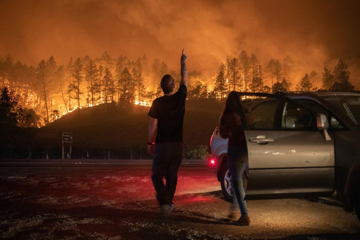 Иллюстрация: пожары в Калифорнии / REUTERS