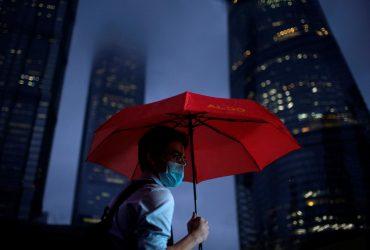 В стиле киберпанк: фотограф показал атмосферный дождливый Шанхай (фоторепортаж)