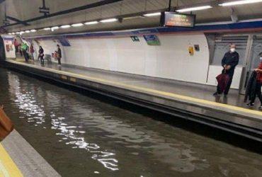 Мадрид потерпає від злив: рух метро паралізовано (відео)