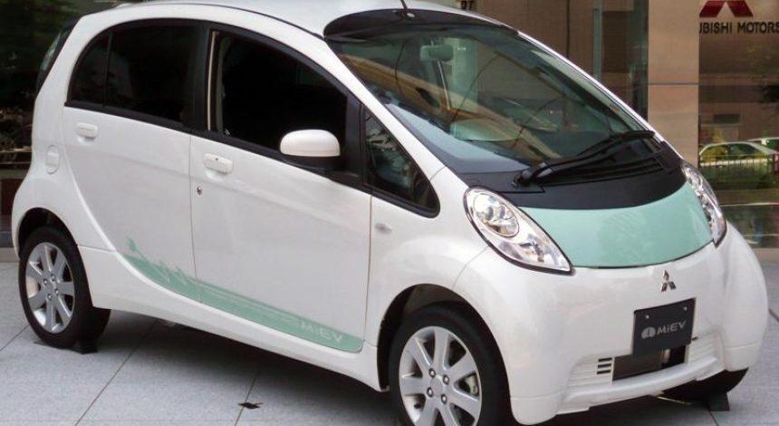 Mitsubishi закроет производствопервогов мире электромобилядля широкого рынка