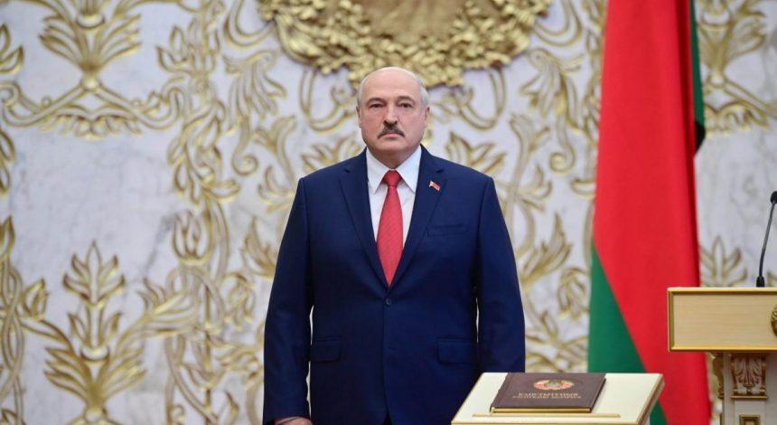 Лукашенко дозволив силовикам застосовувати бойову техніку проти протестувальників