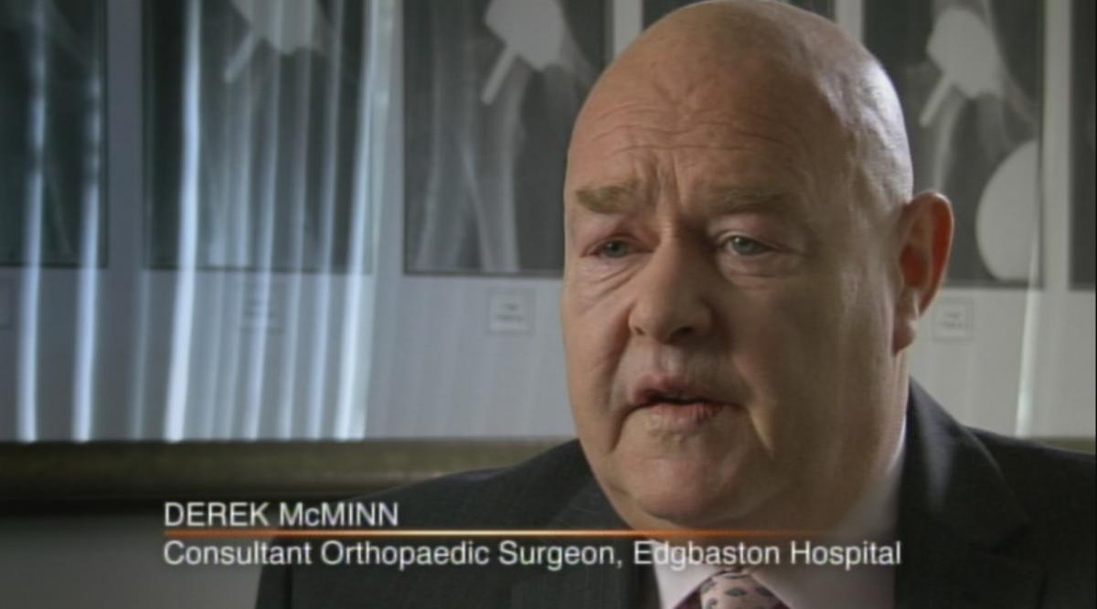 Хірург пояснив, що збирався на пенсії вивчати кістки, щоб зберегти ясність розуму / фото mcminncentre.co.uk