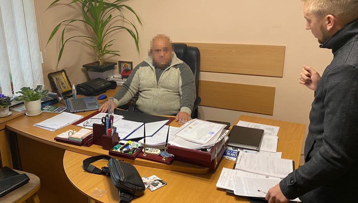 За выдачу ветеринарного свидетельства служащие получали $1100 / фото facebook/kyiv.gp.gov.ua