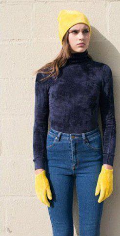 Прикраси до водолазки / фото pinterest.com