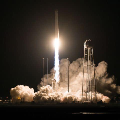 """В США состоялся запуск ракеты-носителя """"Антарес"""" / фото facebook.com/ukr.embassy.usa"""
