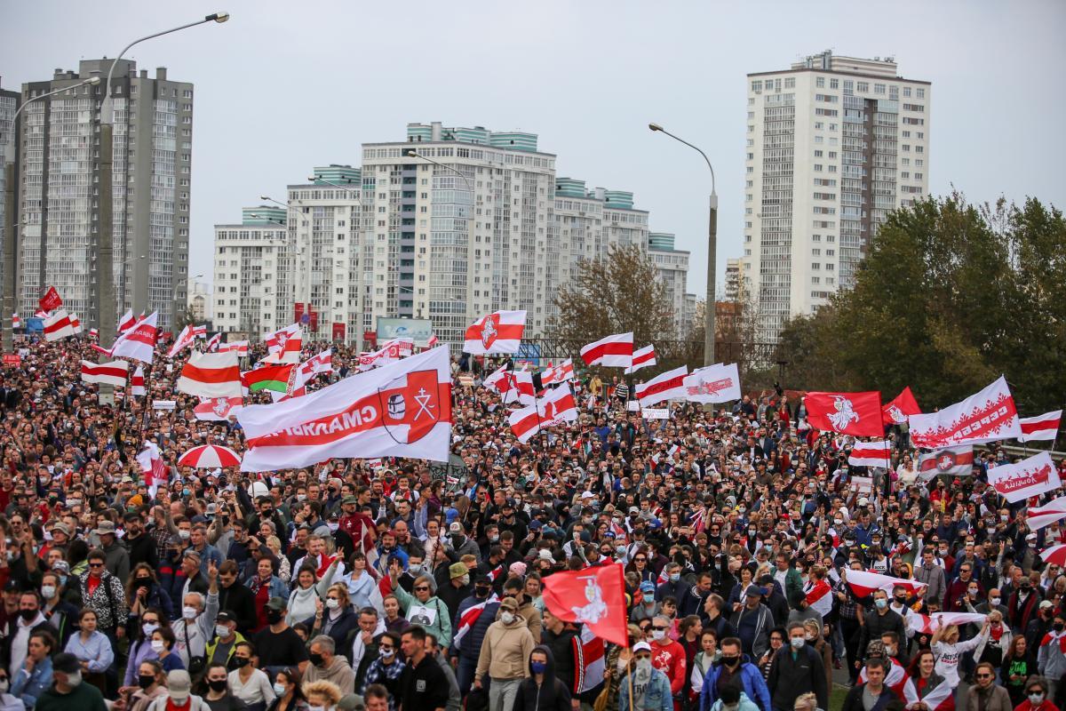 В Минске прошел масштабный митинг против Лукашенко / REUTERS