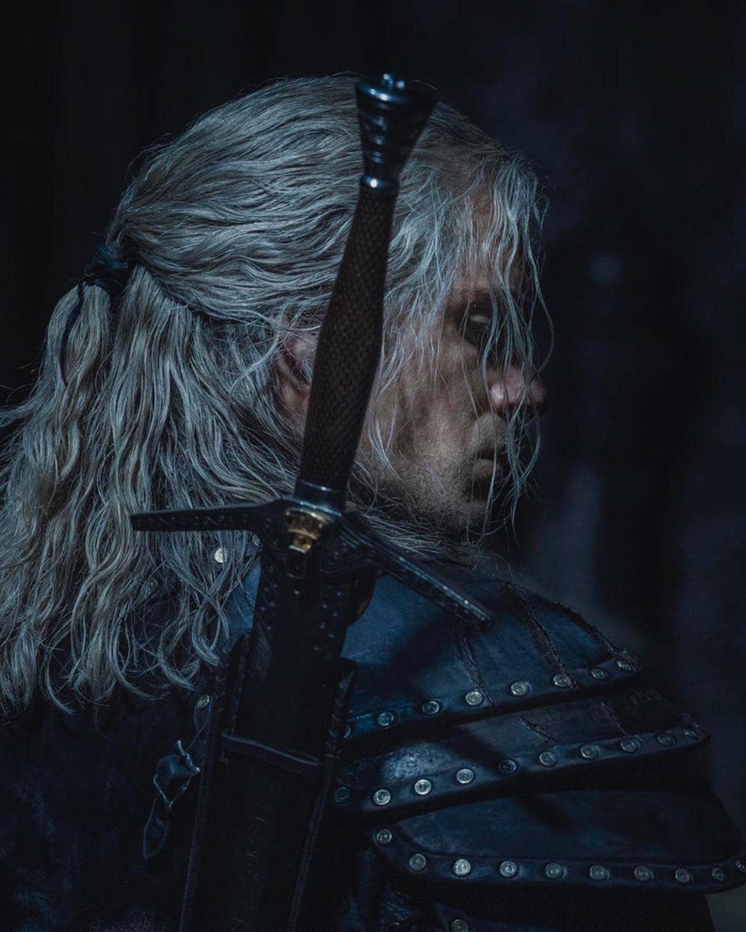 """Генри Кавилл показался в обрезе """"Ведьмака"""" / фото instagram.com/henrycavill"""
