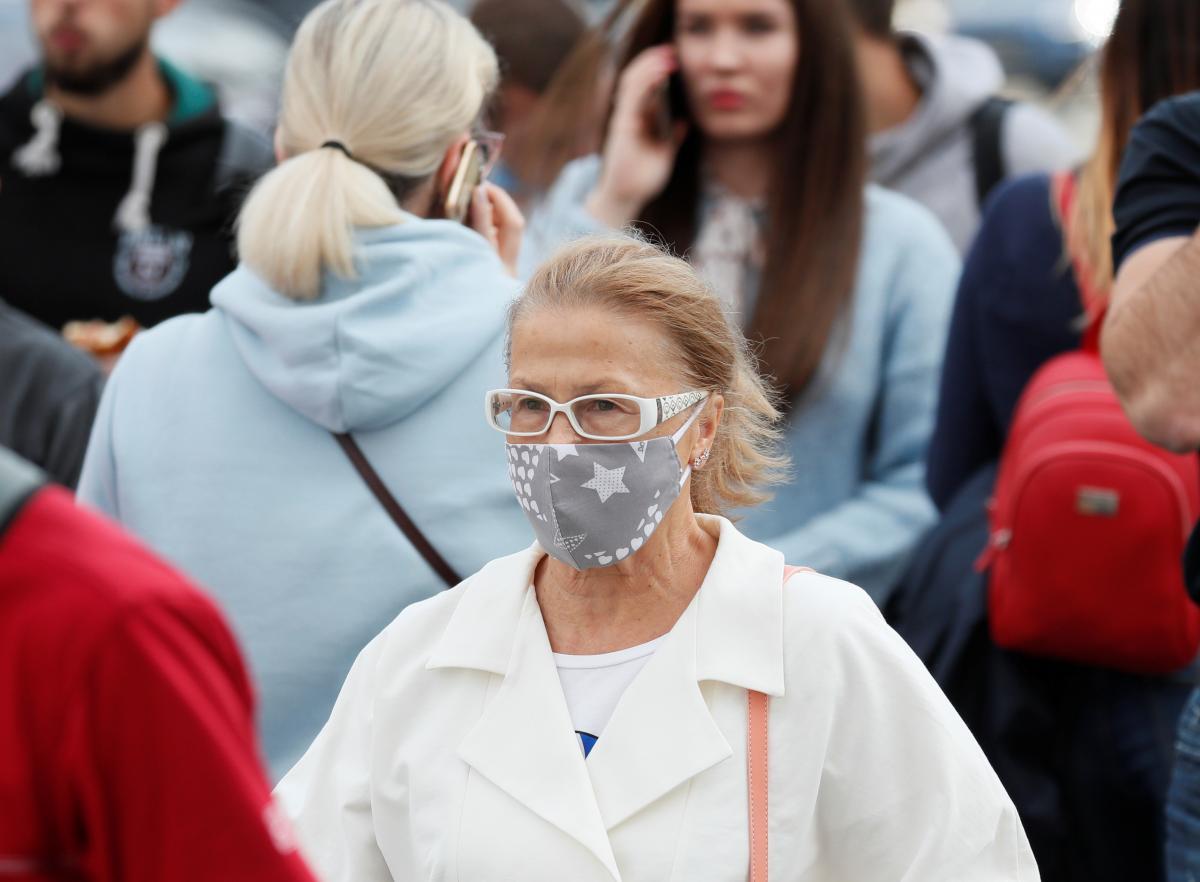 За сутки в Киеве в больницы столицы госпитализировали 82 пациентов / фото REUTERS