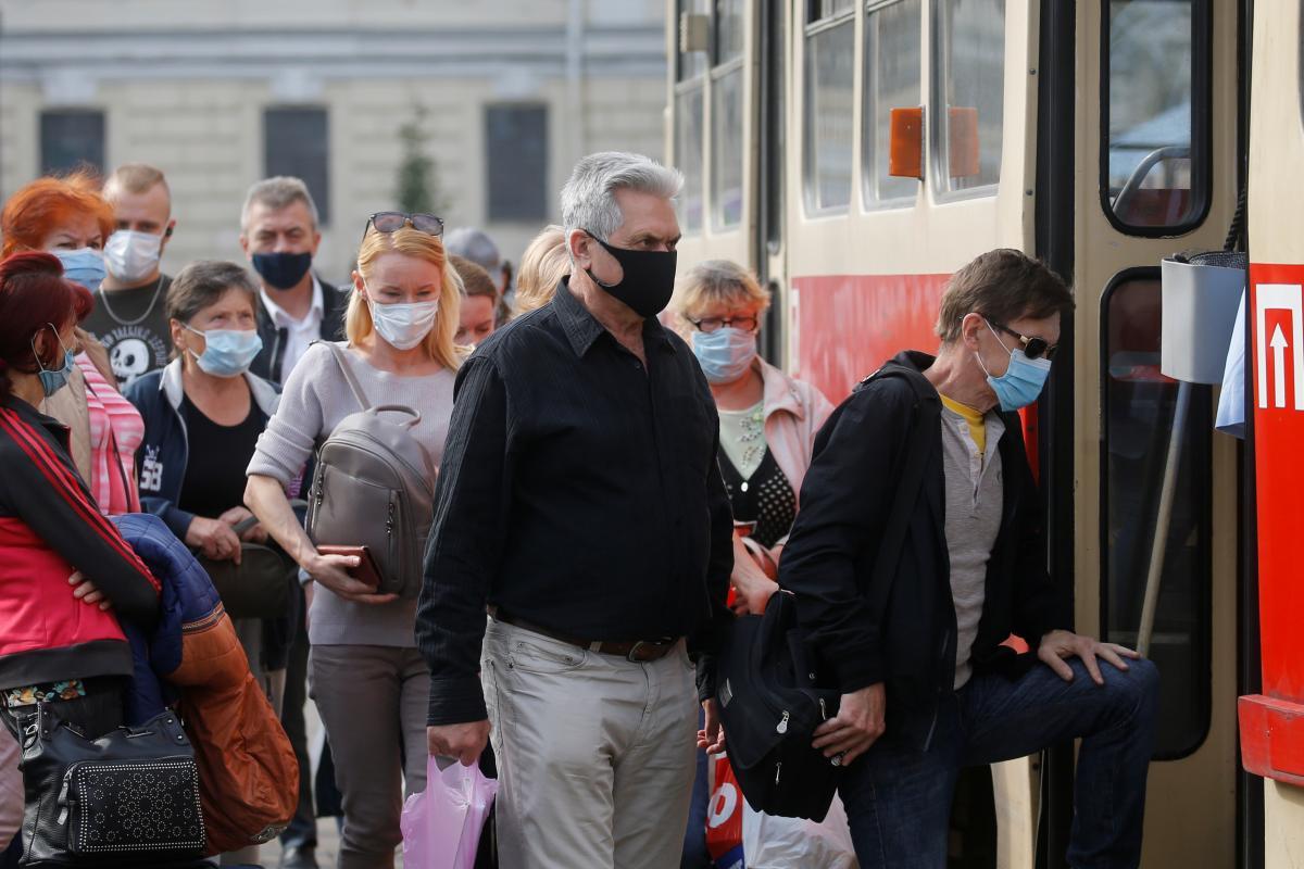 С 19 октября в Украине будет действовать новое карантинное зонирование / фото REUTERS