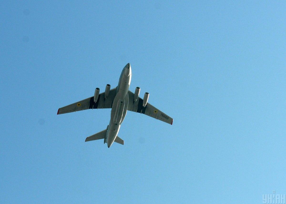 Посравнению сфевралем 2021 года рост грузовых авиаперевозок составил 0,4% / фото УНИАН Владимир Гонтар