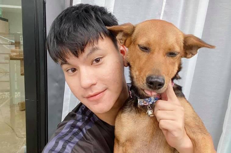 Парень забрал себе уличного пса после пьянки / фото facebook.com/poetryofwanwanat