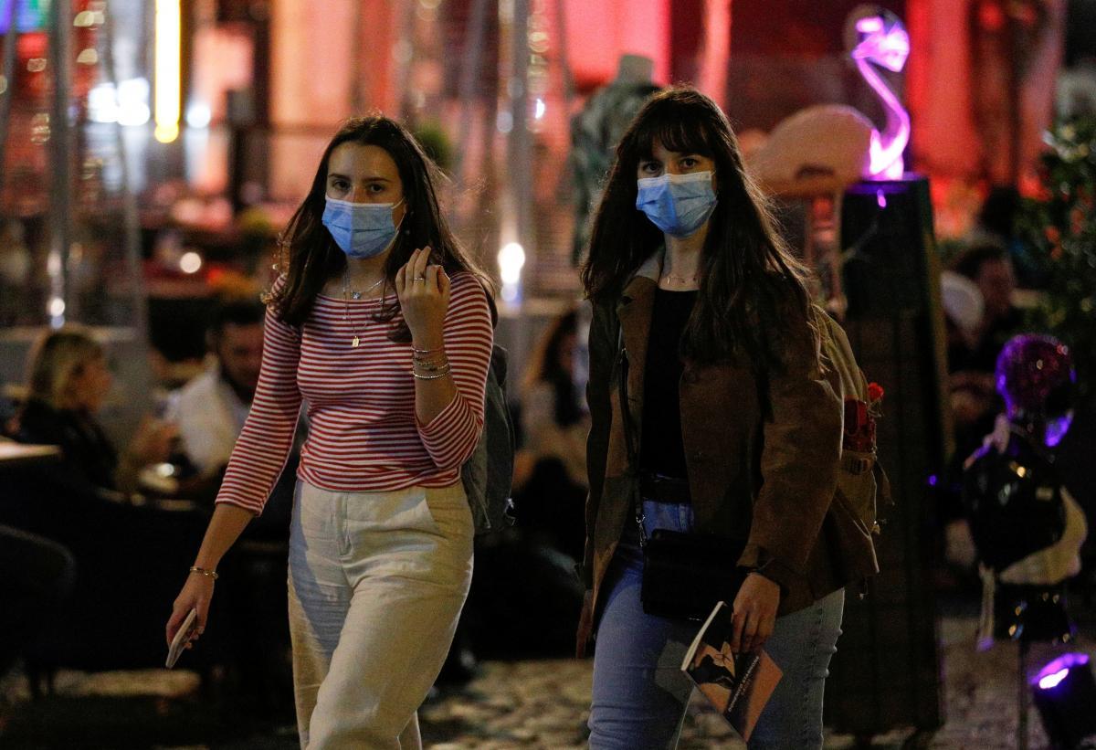 В Італії з 18 жовтня посилено карантин у зв'язку із зростанням захворюваності на коронавірус \ фото REUTERS