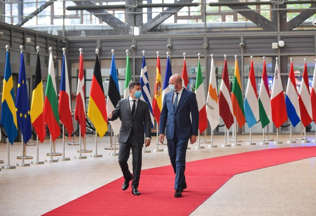 Зеленский подвел итоги саммита с ЕС / офис президента
