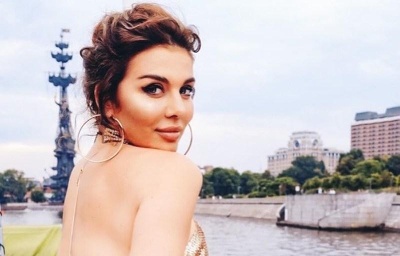 Седокова составиласписоксериалов / фото instagram.com/annasedokova