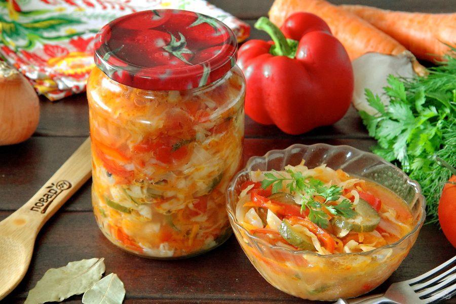 Как приготовить салат на зиму / фото fermilon.ru