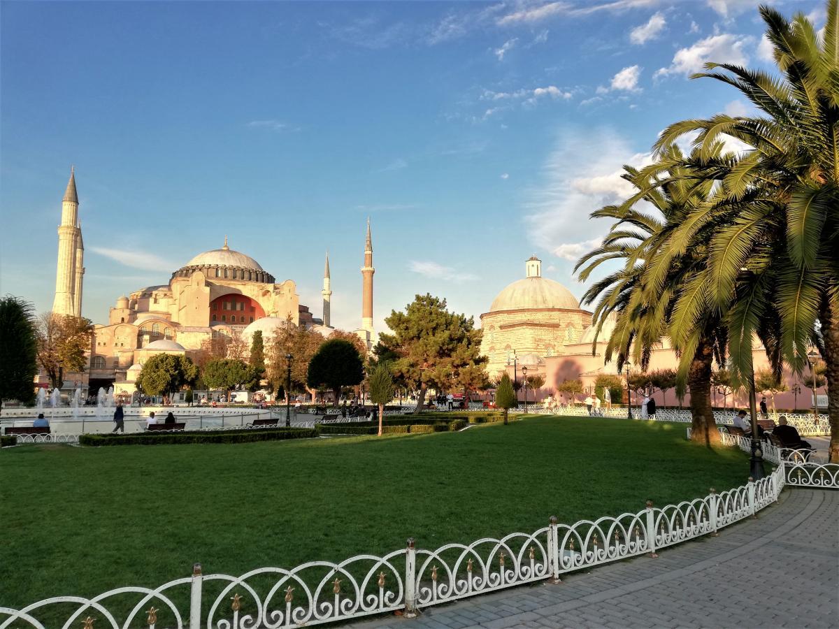 МАУ знову літатиме з Одеси до Стамбула / фото Марина Григоренко