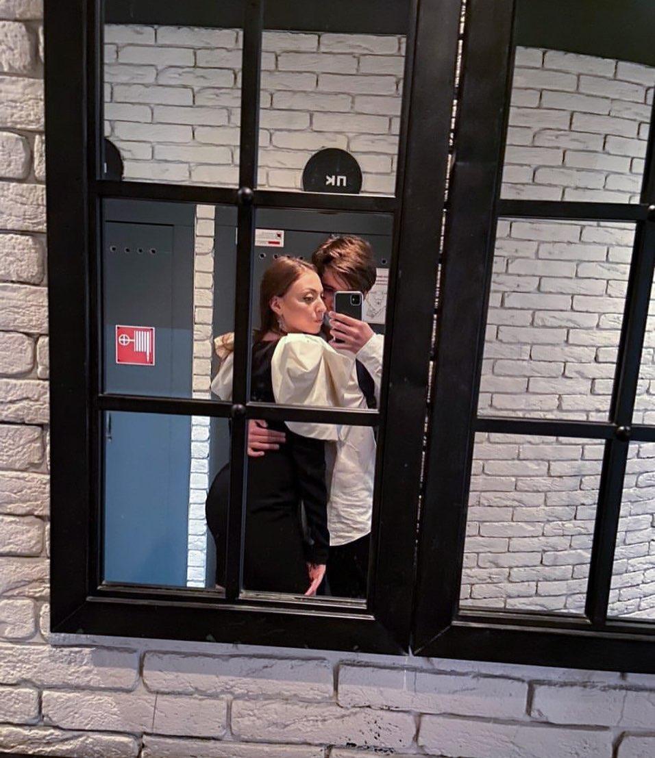 Маша Полякова опубликовала фото с парнем / фото instagram.com/mashapolyakova
