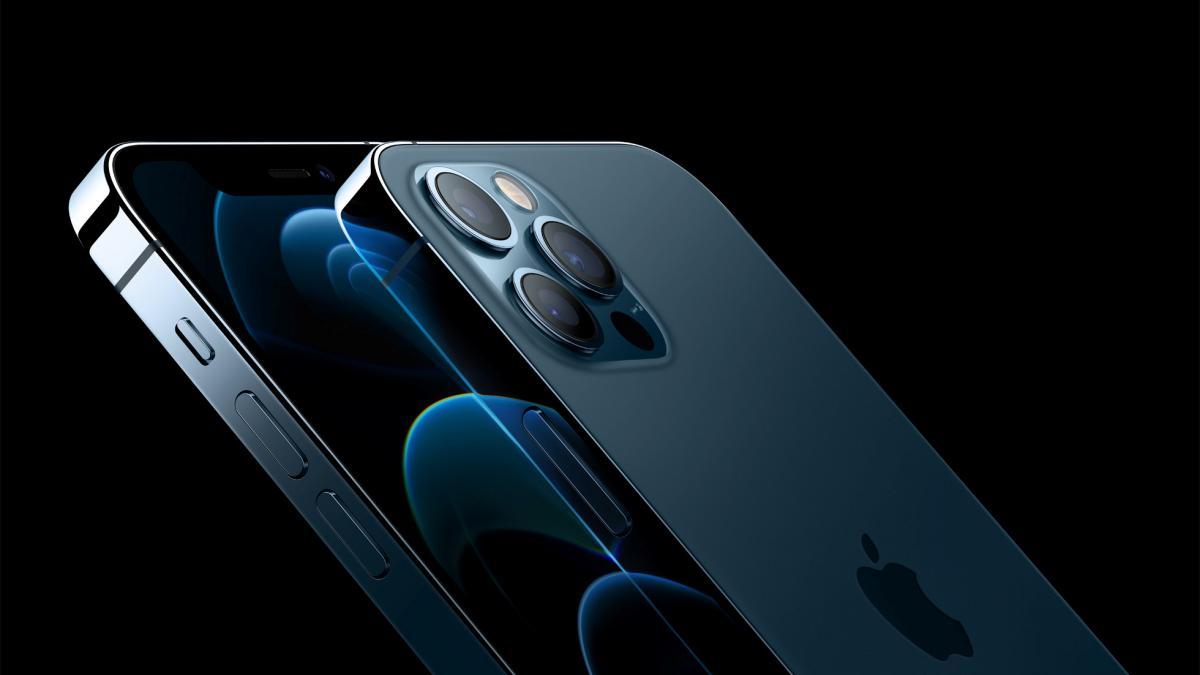 iPhone 12 Pro и iPhone 12 Pro Max / REUTERS
