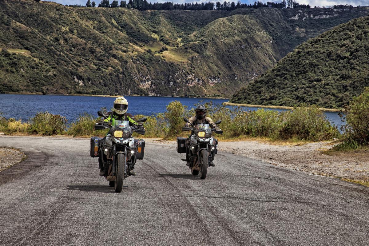 До карантина супруги из Кении успели объехать на мотоциклах три континента / фото REUTERS