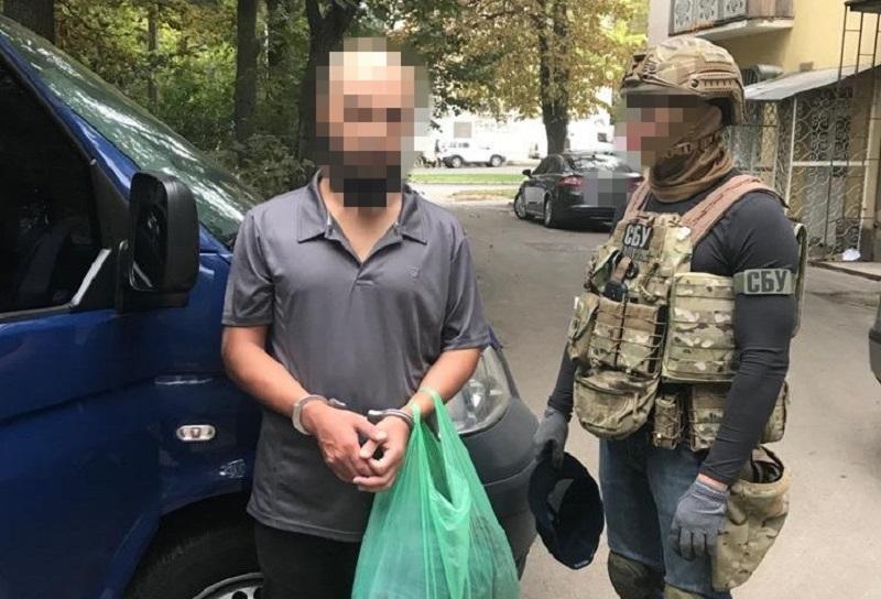 ИГИЛ - в Одессе поймали исламиста, готовившего транзит членов ИГИЛ / фото СБУ