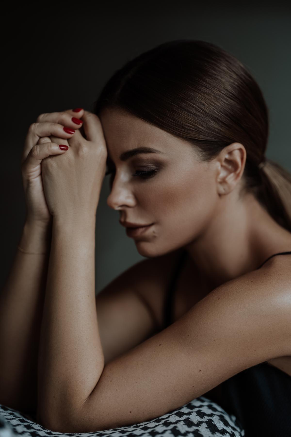 Песня рассказывает о чувствах влюблённых людей / пресс-служба Ани Лорак