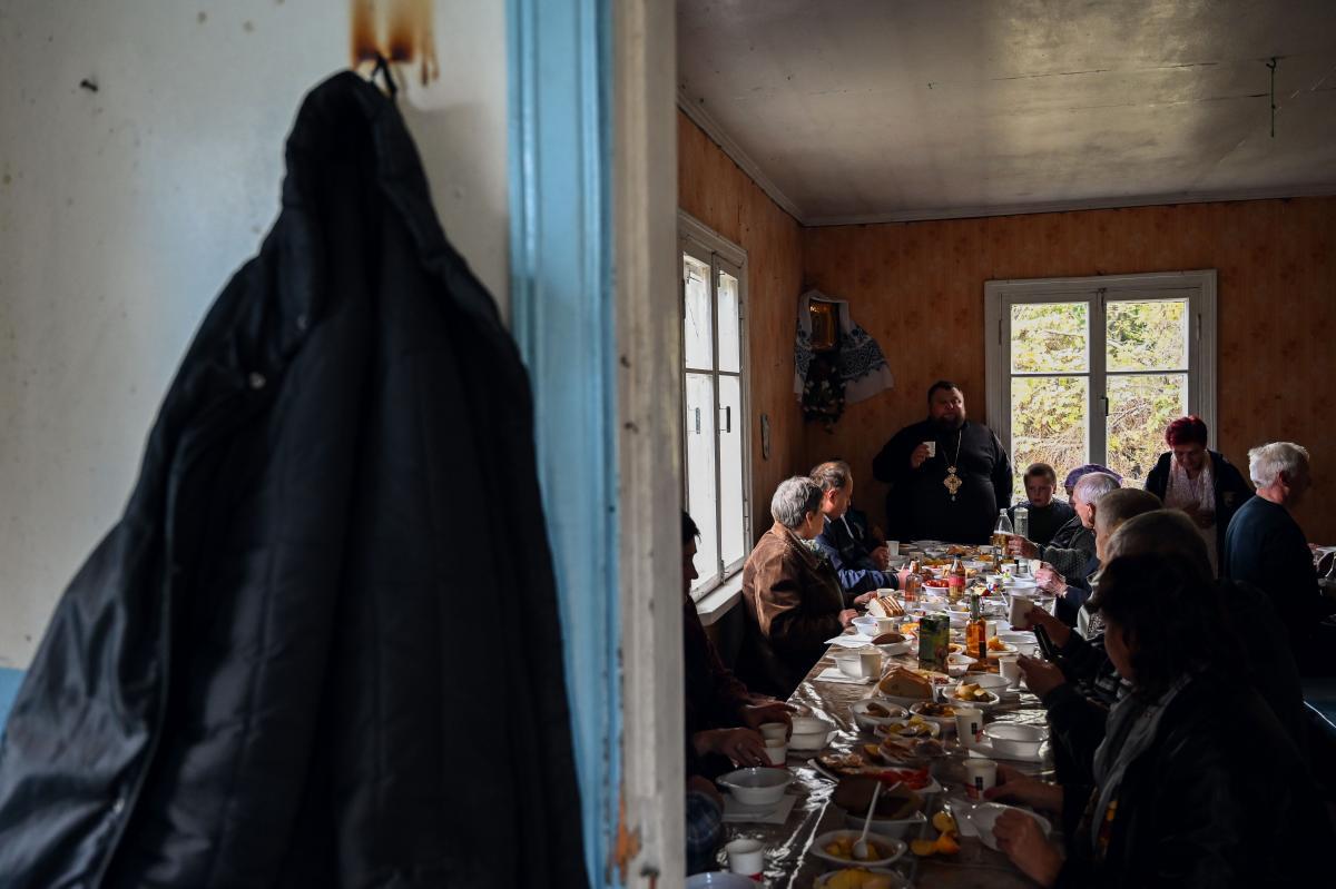 В первые годы после переселения в Полесское съезжались сотни людей, но с каждым годом их все меньше / фото УНИАН, Вячеслав Ратынский