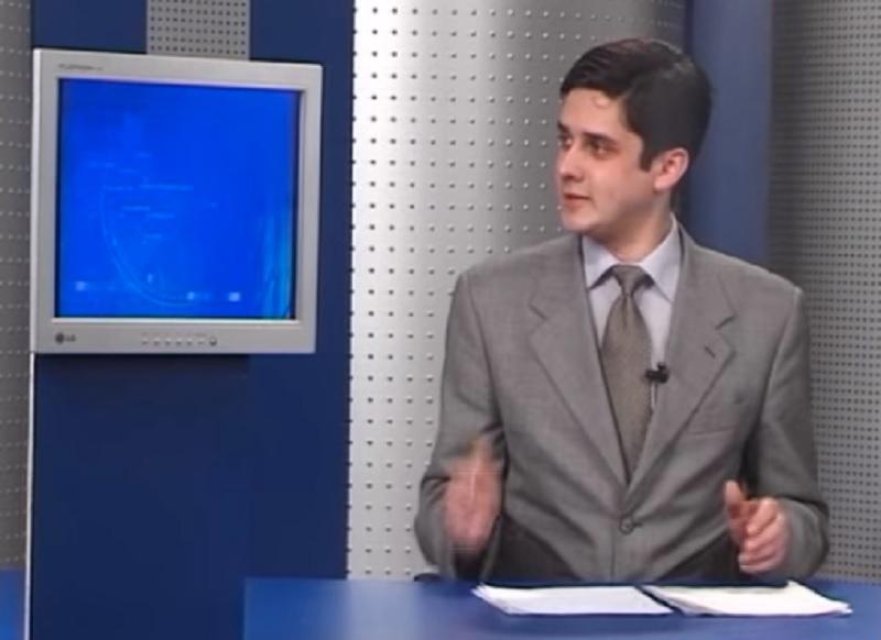 Руслан Фармус - Степлер, на*уй: герой відомого мему йде на вибори: відео 18+/ Скріншот