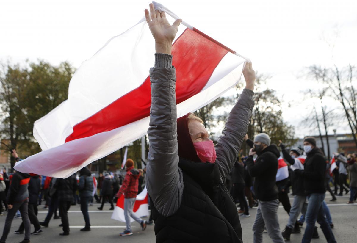 Протести в Мінську проходять уне вдалому міжнародному контексті, на відміну від київських/ фотоREUTERS