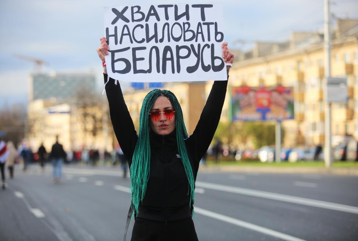 Белорусов призовут выйти на протесты через соцсети / Иллюстрация REUTERS