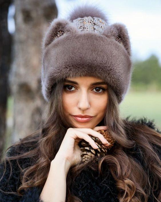 Хутряні шапки осінь-зима / фото pinterest.com