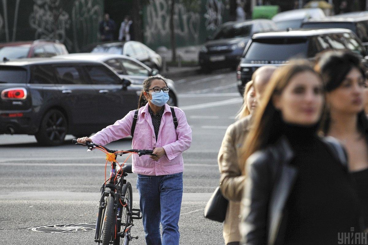 В Украине за прошедшие сутки COVID-19 обнаружено у 7 517 человек / фото УНИАН