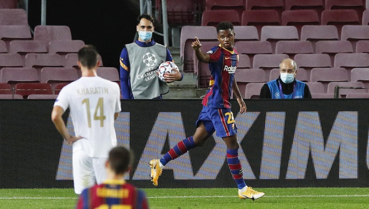 Барселона пять раз поразила ворота Ференцвароша / фото REUTERS