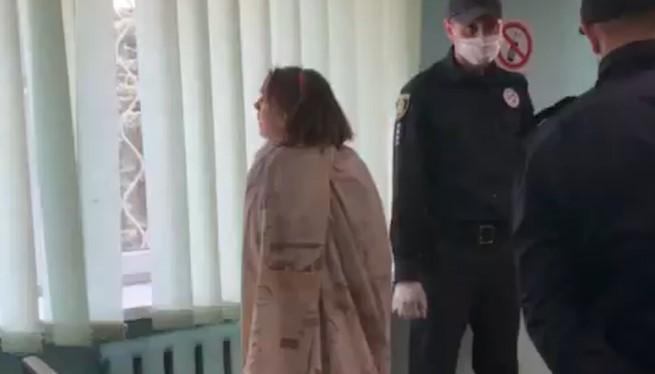 Жінку затримали 30 квітня на одній з вулиць Харкова, вона була повністю гола і тримала пакет з головою доньки / фото newsroom.kh.ua