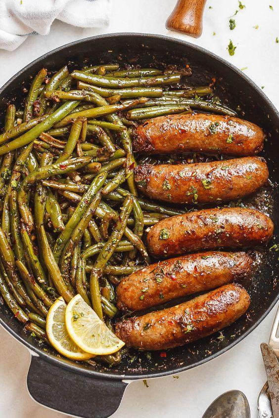 Домашняя колбаса из курицы / фото pinterest.com