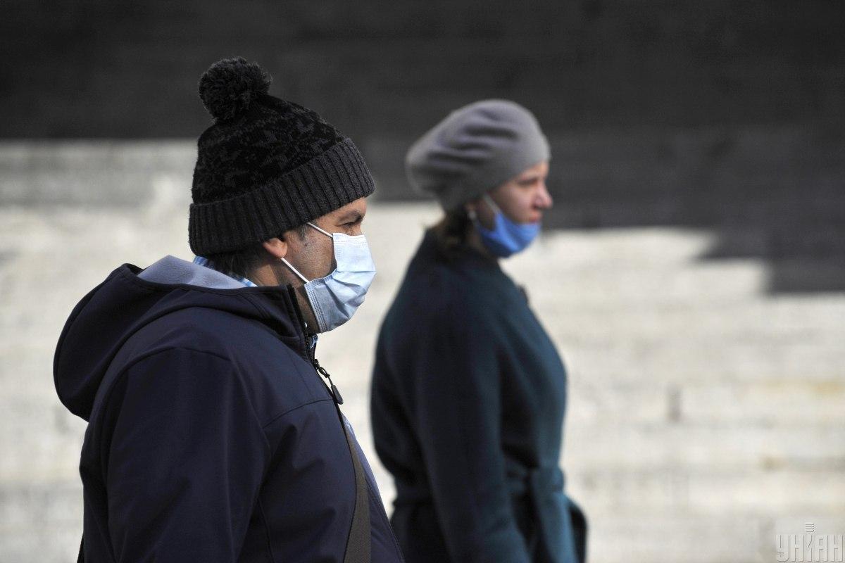 За минувшие суткиCOVID-19 инфицировались более 6 тысяч человек / Фото УНИАН, Сергей Чузавков