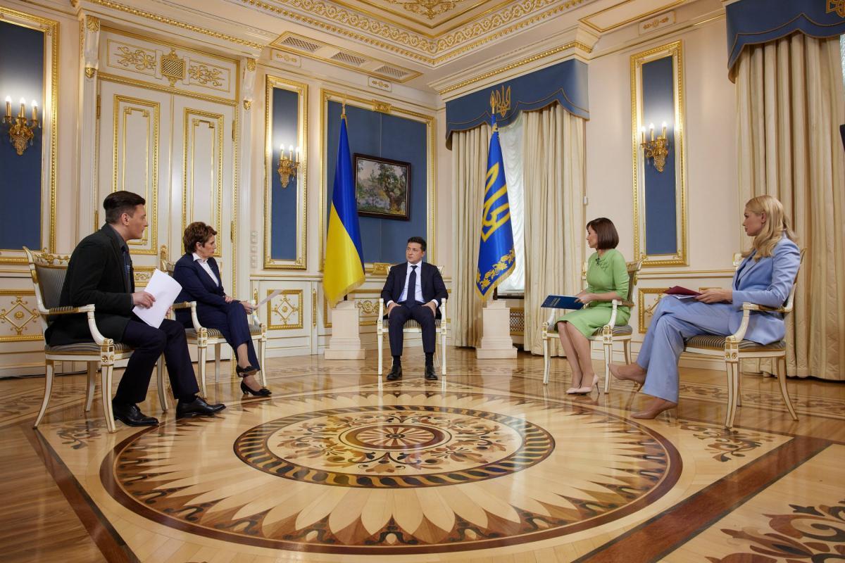 В ОП показали фото із зустрічі Зеленського із журналістами / фото Офіс президента