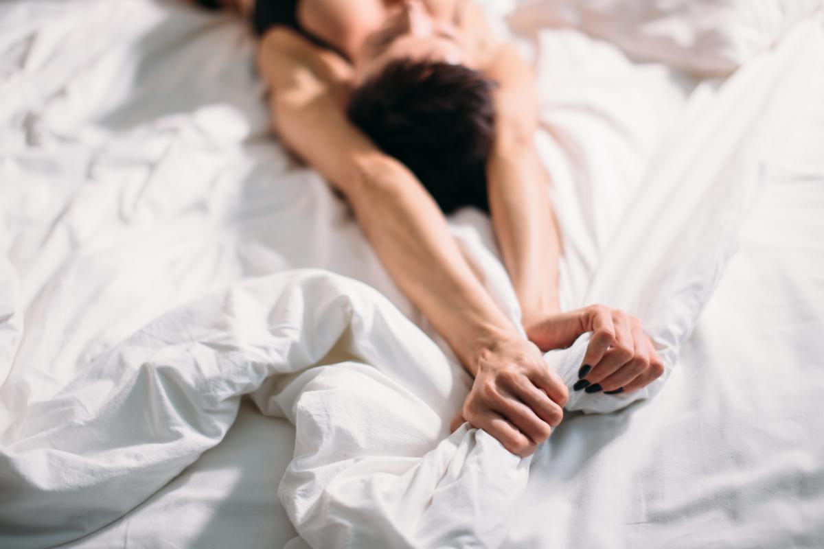 фингеринг — это сексуальная игра, где «руками трогать можно» / фото ua.depositphotos.com