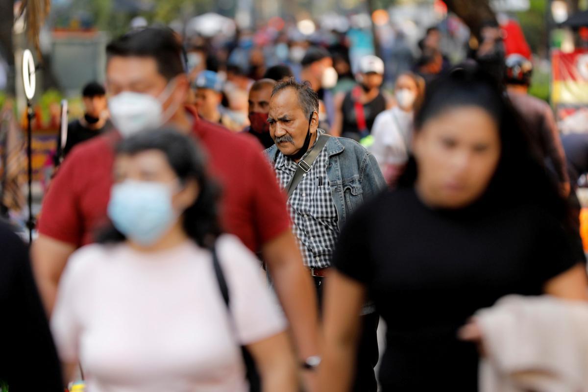 Коронавирус новости - сколько больных в мире, данные по странам / REUTERS