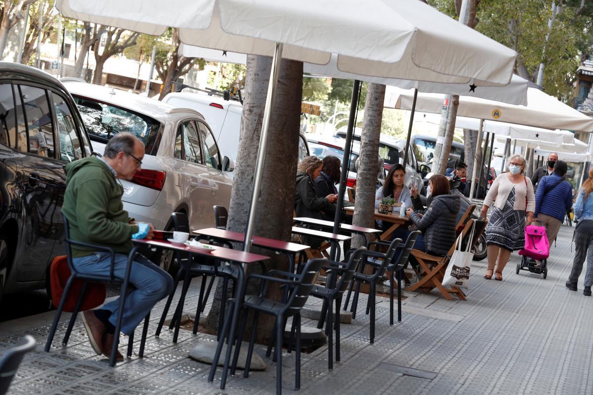 Испания ввела чрезвычайное положение и комендантский час / фото REUTERS