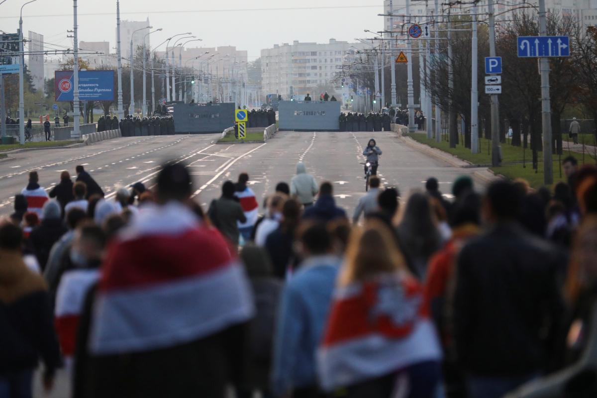 Протесты в Беларуси начались в августе 2020-го / фото REUTERS