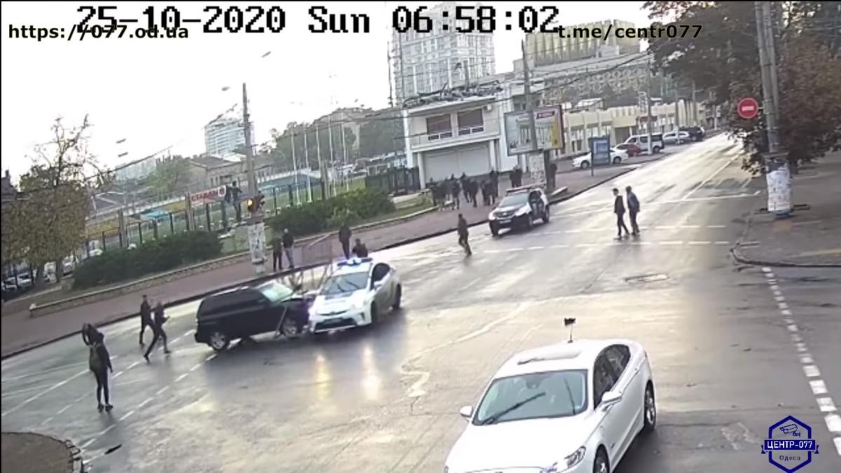 Резонансна ДТП в Одесі: з'явилося повне відео пригод