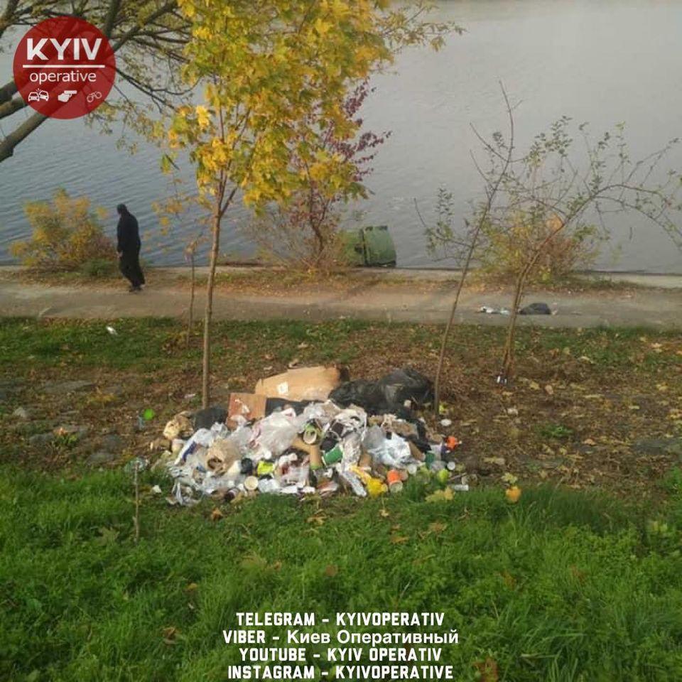Последствия акта вандализма / Киев Оперативный Facebook