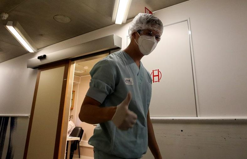 Станом на 30 жовтняу світі підтвердилися 45 млн 041948 тис. випадків зараження коронавірусом \ фото REUTERS