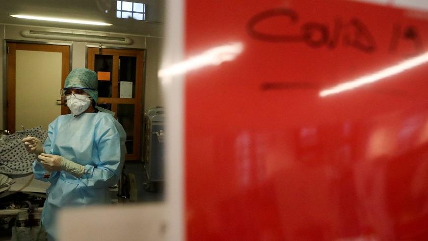 Коронавирус в мире набирает обороты \ фото REUTERS