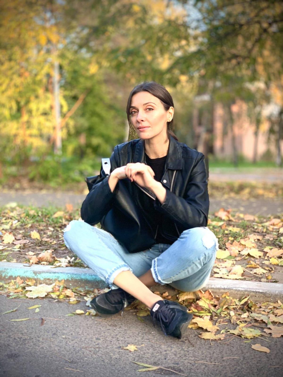 Изменщикине всегда отварачивается от своего партнера / фото instagram.com/oksana_rovna